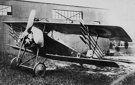 b9c9272e02d9 Après avoir abattu un Drachen au Nord de Gincrey, le Nieuport 16 n° 959  piloté par l Adj Henri Réservat est attaqué par plusieurs appareils  allemands ...